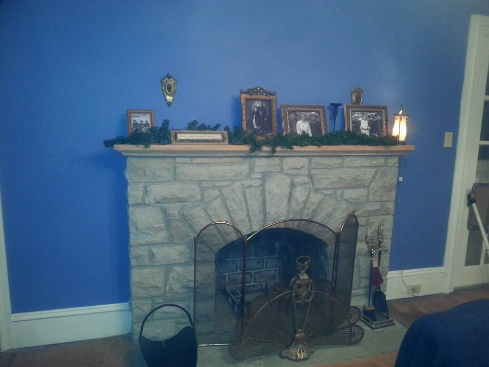 WHITE-HOUSE-fireplace